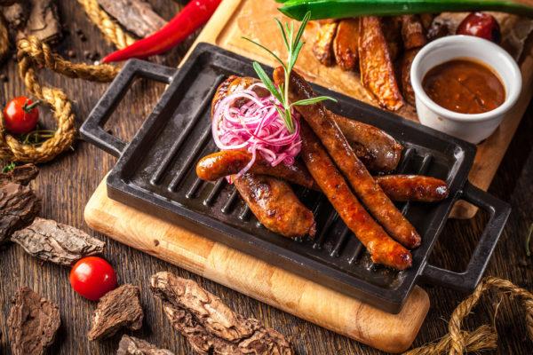 Домашні копчені ковбаси