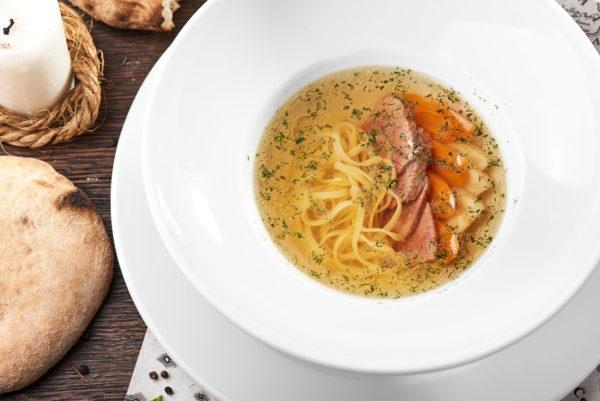 суп з яловичиною